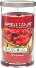 Svíčka Yankee Candle válec střední Black Cherry