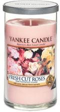 Svíčka Yankee Candle válec střední Fresh Cut Roses
